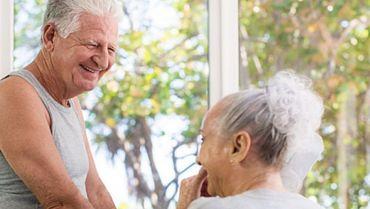 Наблюдение върху резултатите от вибрационни упражнения за цялото тяло, целящи намаляване риска от падане и подобряване здравния статус и качество на живот у възрастни хора, настанени в старчески домове